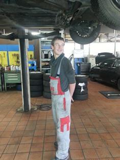 Lucas als Mechaniker